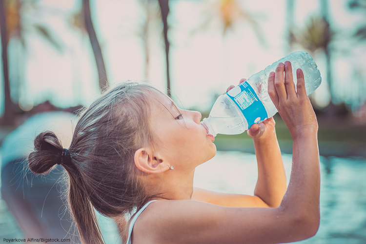 Kids Rehydrate This Summer With Water