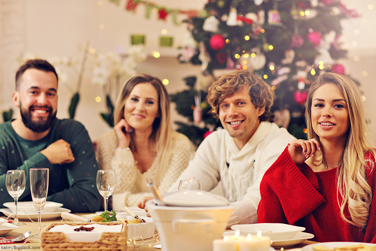 EIGHT Helpful Dental Tips For The Holiday Season